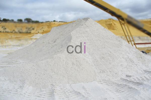 Tambang pasir silika /kuarsa