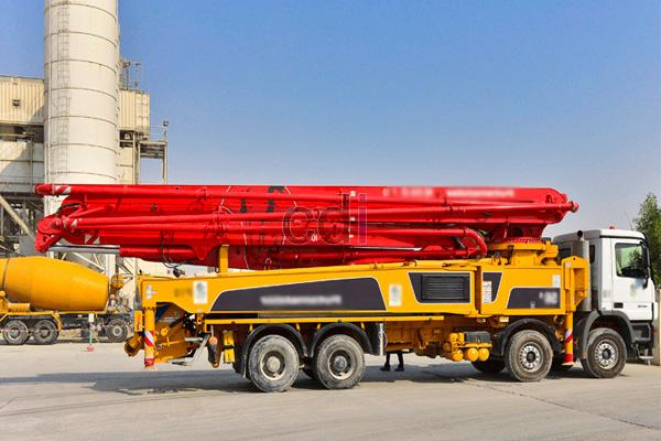 Concrete Pump Master Long Boom