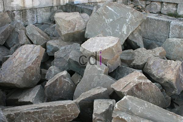 Batu Kali Belah atau Batu Pondasi