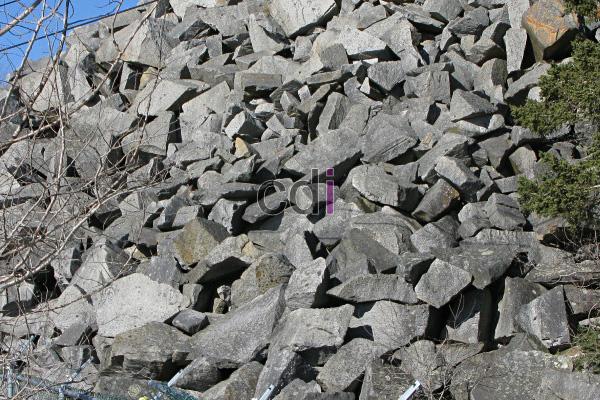 Jual Batu Kali dan Batu Belah Murah