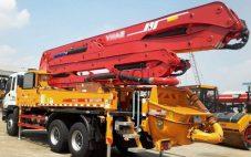 Menyewakan Concrete Pump Long Boom