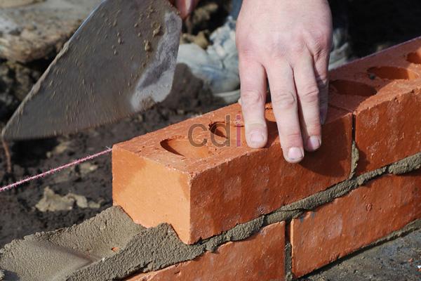 Menghitung Biaya Upah Tukang Bangunan